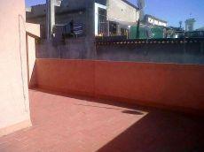 Piso de 50 m2, 1 habitaci�n doble, cerca de Col�n con terraz