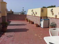 Se alquila piso amueblado en Valle San Lorenzo, terraza 70 m