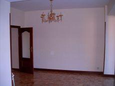 Excelente piso reci�n reformado