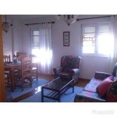 Se alquila piso en Ribadeo