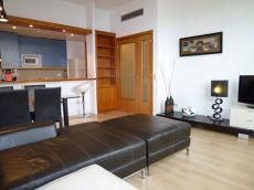 Precio atico de 2 habitaciones con vistas a plaza catalunya