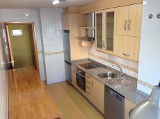 Piso de 90 m2 en Bastiagueiro Oleiros a Coru�a
