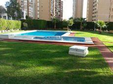 Piso en Benidorm de 3 dormitorios con piscina