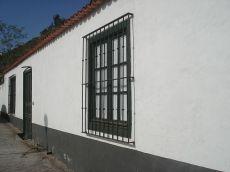 Casa terrera estilo colonial con gran terreno