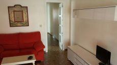 Centro. Universidad la Merced. �tico 2 dormitorios. 500euros