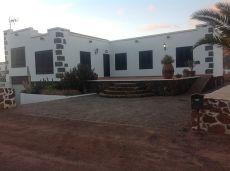 Se alquila casa en Tetir