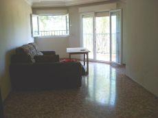 Sevilla Este, piso seminamueblado de 3 dormitorios, garaje.
