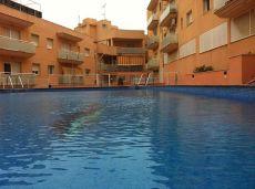 Atico con terraza de 90 m2 parking y piscina sin muebles
