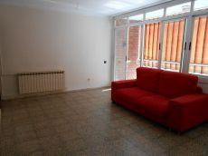 Amplio piso de 4 habitaciones