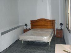 Se alquila piso centro de Granada