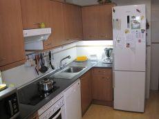 Bonito piso ideal para j�venes y familias