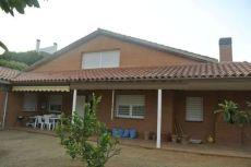 Casa a 4 vientos con jardin 980m2