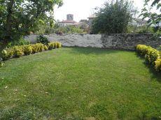 Casa de piedra, 2 plantas