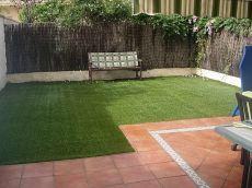 Valdelagrana, Chalet adosado con patio y piscina comunitaria