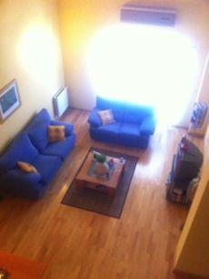 Duplex amueblado. 140 m2. 3 dormitorios. 2 ba�os