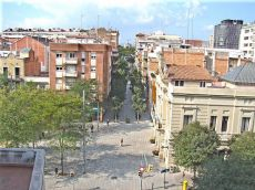 Calle Remei Junto Corte Inlges Diagonal