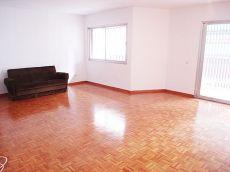 Gran piso de 4 habitaciones en zona Corte Ingl�s Avenidas