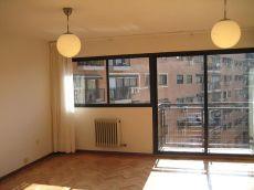 Excepcional piso 120m2 sin amueblar urbanizacion privada.