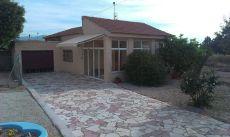 Chalet en alquiler en Ca�ada del Fenollar en Alicante 1075