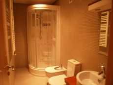 Nuevo y c�ntrico apartamento con calidades de lujo