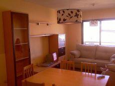 Piso amueblado de 2 dormitorios con garaje