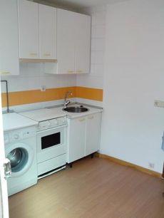 Piso 2 dormitorios sin amueblar 40m2 exterior en Vallecas