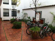 Alquiler de estudio en centro de Sevilla.