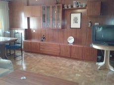 4 dormitorios, 2 ba�os, plaza de garaje y piscina