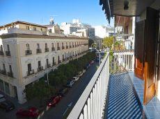 Bonito piso en calle Julio Cesar. 2d. 2b. 108m2