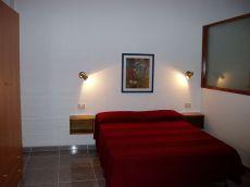 Apartamento dormitorio independiente zona Puntilla