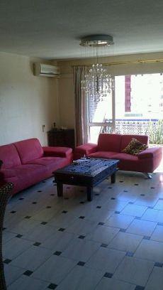 Amplio piso con o sin muebles
