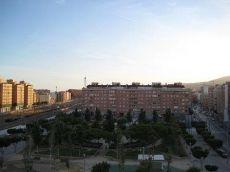 Se alquila estupendo piso en Almeria