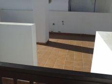Piso terrero de 2 dormitorios con patio de 50 m2