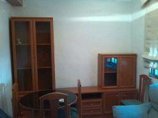 Piso de dos dormitorios en san jer�nimo. Sevilla