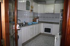 Piso de dos habitaciones, un ba�o, sal�n comedor, cocina.