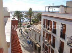 Casa de pueblo con vistas al mar Vilanova