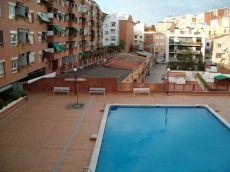 Piso con piscina y terraza