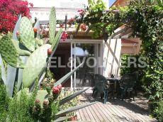 Casa pareada con piscina comunitaria en Vinyet