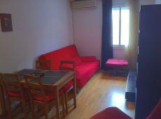 Tranquilo y luminoso piso en el Raval