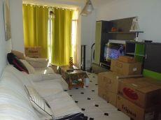 Se alquila piso 3 dormitorios zona vi�a