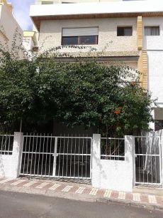 Alquiler casa amueblada zona residencial Santa Cruz centro