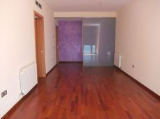 Piso de 3 habitaciones en alquiler en Tarragona Centro.