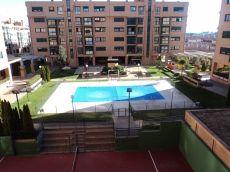 Seminuevo 3 dorm 2 ba�os garaje piscina paddle