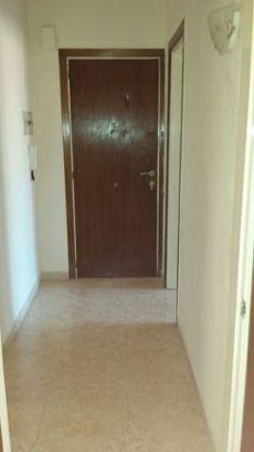 Oportunidad, amplio piso luminoso con chimenea en alquiler
