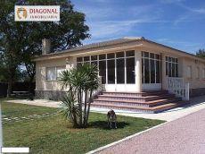 Alquiler casa jardin y piscina Petrer