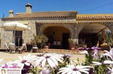 Alquiler casa garaje y jardin Camino de cartral