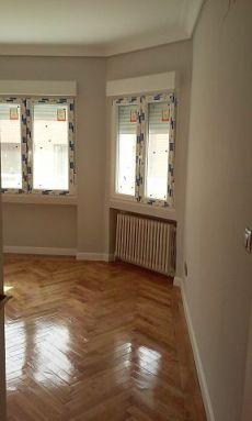Precioso piso de cinco dormitorios, calefacci�n central