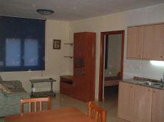 Piso amueblado de 2 habitac