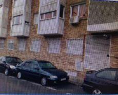 Seminuevo de 2 dormitorios reformado y amueblado con garaje