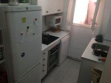 En alquiler, piso econ�mico de 4 habitaciones, ba�o y aseo